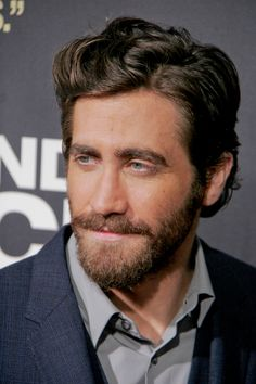 Haircuts for Men 2013 - Jake Gyllenhaal Haircut Style | Latest Short ...
