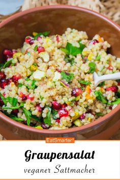 Graupensalat mit Granatapfel Grapple salad with pomegranate – smarter – Calories: 263 kcal – Time: 25 min. Quick Easy Healthy Meals, Healthy Low Calorie Meals, Healthy Recipe Videos, Healthy Crockpot Recipes, Lunch Recipes, Healthy Vegetarian Breakfast, Quinoa, Clean Eating, Edamame