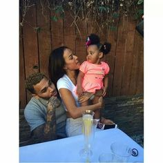 Find images and videos about love, cute and baby on We Heart It - the app to get lost in what you love. Cute Family, Family First, Baby Family, Family Matters, Family Goals, Couple Goals, Trey Songz, Big Sean, Parenting Goals