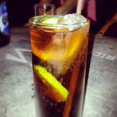 #cubalibre #tragos #delicioso ron + coca + limon