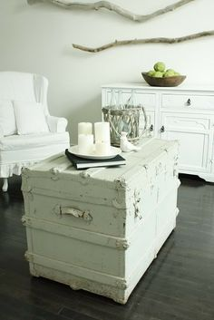 Gorgeous calming colours  surrounding the chest