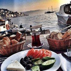 Kahvaltı Tabağı - Bebek Kahve / İstanbul ( Bebek ) Telefon : 0 212 257 5402