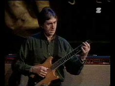 Allan Holdsworth Trio - https://dailyvideo.guitars/allan-holdsworth-trio/ -  Allan Holdsworth trio Warsaw 1998, with Gary Novak and Dave Carpenter.