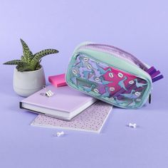 Find out why so many kids love fringoo pencil cases. Try our favourite hardtop pencil cases, canvas pencil cases and other fun pencil cases. Pencil Cases For Girls, Dinosaur Gifts, School Accessories, Kid Styles, Gifts For Kids, Personalized Gifts, Zip Around Wallet, Unique Gifts, Coin Purse