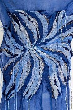 """Этно ручной работы. Ярмарка Мастеров - ручная работа. Купить Картина валяная на шелке """"Пятьдесят оттенков синего"""". Handmade. Синий"""