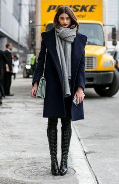casaco azul marinho