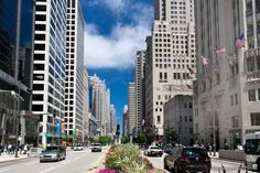 The Magnificent Mile - Top 10 things to do in Chicago