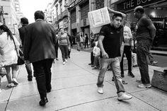 Avenida Madero, Mexico City. December, 2016. #blackandwhite #streetphotography #fujifilm #fujifilmxt2 #centrohistorico #centro #cuauhtemoc #ciudaddemexico #mexico