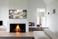 Oil floral painting adds an aura of traditional elegance to your room. Its completed with a palette knife texture and brush strokes for more sophisticated look. Three Magnolias Several sizes are available. Please use drop down menu to choose the size of t