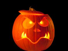Blog Tips, Pumpkin Carving, Triangle, Halloween, Fitness, Carving Pumpkins, Tips And Tricks, Crafts, Autumn