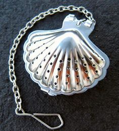 Mermaid Tea Infuser. What do you think is a mermaids favorite tea? #finfun #mermaids #mermaidtail