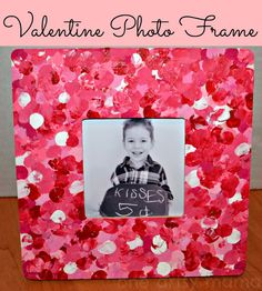 DIY Fingerprint Frame-Unique DIY Picture Frame Ideas