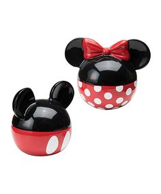Vandor 89030 Disney Mickey and Minnie Mouse Ceramic Salt and Pepper Set, Red/Black Mickey Mouse Kitchen, Disney Kitchen, Mickey Minnie Mouse, Disney Home Decor, Christmas Gifts For Girlfriend, Salt And Pepper Set, Flatware Set, Salt Pepper Shakers, Stuffed Peppers