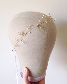 Delicate Pearl Hair Vine 'Arianne' – style 018 - made with Swarovski crystal…