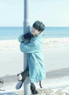 ❝ what will you do if saw bangtan taking a picture of you ❞ + bts p… # Fan-Fiction # amreading # books # wattpad Suga Suga, Jimin, Min Yoongi Bts, Bts Bangtan Boy, Namjoon, Taehyung, Foto Bts, Bts Photo, Jung So Min