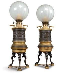 PAIRE DE LAMPES A PETROLE D'EPOQUE NAPOLEON III