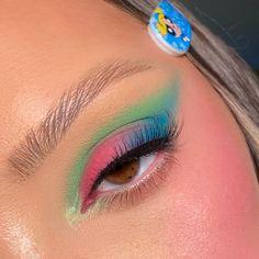 Makeup Stuff, Love Makeup, Makeup Looks, Eyeshadow Tutorial For Beginners, Matte Blush, Lip Mask, Bubble Bath, Powerpuff Girls, Hair Clips