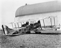 GERMAN AIRCRAFT FIRST WORLD WAR (MH 3513)   AEG GIV Heavy day and night bomber biplane with Mercedes engines which served on the Western Front and in Macedonia from 1917. Carried out many bombing raids over Allied lines during the remainder of the war.