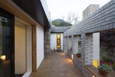 유진이네 집수리(YUJIN'S JIP-SOORI) : 모던스타일 주택 by 무회건축연구소