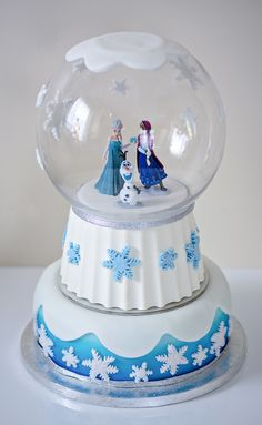 Disney Frozen cake I made for my Nieces Birthday party