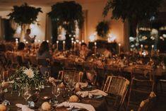 Le mariage espagnol de Sabela et René – La Sœur de la Mariée - Blog Mariage Marie, Table Settings, Table Decorations, Boho Wedding, Spanish Wedding, Industrial Wedding, Folk Dance, Place Settings, Dinner Table Decorations