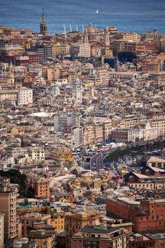 """Genova al """"microscopio"""": vedute insolite della città e del suo porto Places To Travel, Places To Visit, Visit Italy, City Maps, My Town, Amalfi Coast, Paris Skyline, City Photo, Amsterdam"""