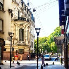 fotosdebuenosaires:  Maipú y M. T. De Alvear #retiro #plazasanmartin #buenosaires #argentina #locallens #instagramers #picoftheday #daylife #travel #igersbsas #fotosdebuenosaires #loves_buenosaires