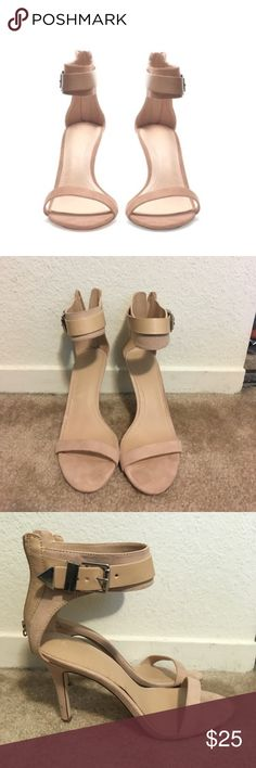⬇️✨Zara nude buckle ankle strap sandals, size 8✨ Zara nude buckle ankle strap sandals, size 8. Worn several times, but still in very good condition. Blogger favorite. Can style with skirts or jeans. Perfect for spring and summer! Comes from a smoke-free, pet-free home. Zara Shoes Heels