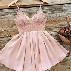 Dusty pink heaven aubade dress (blush), online now shop new Simple Dresses, Day Dresses, Pretty Dresses, Beautiful Dresses, Beautiful Clothes, Winter Dress Outfits, Casual Dress Outfits, Fashion Outfits, Cocktail Dresses With Sleeves