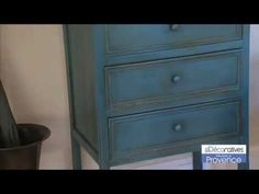 Decorar con Muebles Vintage y video explicativo de efecto envejecido. http://lacasadepinturas.com/blog/muebles-vintage/
