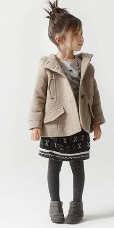 Little girl / Fashion - Coat
