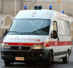 Incidente stamani in via Genova vicino al Lingotto. Un'anziana donna è stata investita da un'auto in retromarcia.