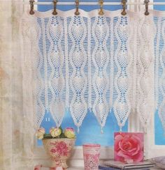- Broomstick Lace Crochet Cafe Valance Curtain Curtains Pattern From Thread Crochet, Filet Crochet, Diy Crochet, Crochet Crafts, Crochet Projects, Crochet Curtain Pattern, Crochet Curtains, Curtain Patterns, Crochet Patterns