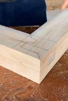 Japanese Wood Joints, Japanese Joinery, Japanese Woodworking, Woodworking Joints, Woodworking Techniques, Woodworking Projects Diy, Woodworking Plans, Diy Wooden Projects, Wood Shop Projects