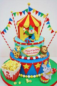 Birthday-Cakes-NY---Circus-Custom-Cakes