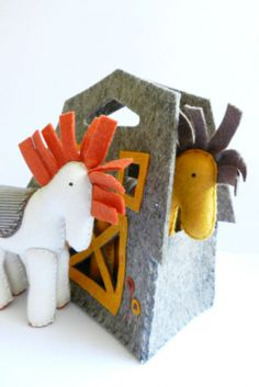 Pony Horse Farm with two figures - gordiusz - Farm & Zoo Handmade Stuffed Animals, Pony Horse, Fabric Animals, Fabric Toys, Horse Farms, Animals For Kids, Handmade Toys, Pet Toys, Dinosaur Stuffed Animal