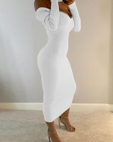 Long Sleeve Maxi, Maxi Dress With Sleeves, Dress Outfits, Fashion Outfits, Womens Fashion, Sexy Dresses, Beautiful Dresses, Frack, Bodycon
