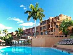 Located in southern KwaZulu Natal, South Africa, the popular San Lameer Resort Hotel & Spa offers guests a coastal retreat where both fun and relaxation. Fun Places To Go, Places To Visit, Hotels And Resorts, Best Hotels, Kwazulu Natal, Spa Offers, Holiday Accommodation, Life Is An Adventure, Tropical Paradise