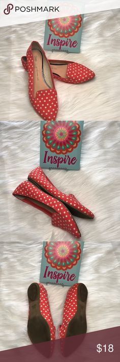 GAP Salmon pink polka dot flats size 9 These cute fabric flats are perfect for a warm spring day with capris, a flowy skirt or shorts.  Size 9. Be sure to check out the rest of my closet!  I am a Poshmark Ambassador with hundreds of 5 star ratings and I love to bundle! GAP Shoes Flats & Loafers