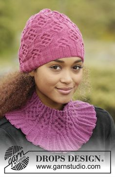 Set consists of: Knitted DROPS hat, neck warmer and gloves with cables in Baby Merino. Free pattern by DROPS Design.