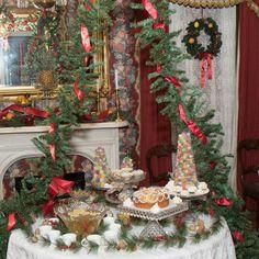 Plan a Victorian Christmas Tea White Christmas Trees, Christmas Tea, Christmas Mantels, Christmas Wreaths, Silver Christmas, Victorian Christmas Decorations, Shabby Chic Christmas, Vintage Christmas Ornaments, Holiday Decor
