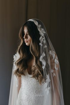Headpiece Wedding, Bridal Headpieces, Lace Wedding, Dream Wedding, Wedding Dresses, Wedding Cape Veil, Vintage Wedding Veils, Simple Wedding Veil, Simple Veil