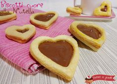 Biscotti cuore alla Nutella