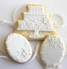 Wedding Cookies, I love white cookies  for any occasion, birthdays are really fun too!