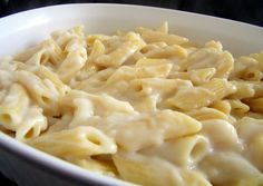 A with taste of gorgonzola cheese; for fans of this delicious a dish cult, for all others, a to try! with cheese Pasta Recipes, Gourmet Recipes, Dinner Recipes, Healthy Recipes, Healthy Food, How To Prepare Pasta, Dessert Cake Recipes, Winter Food, No Cook Meals