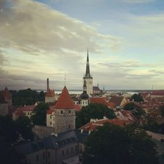 Little bit cloudy in Tallinn, Estonia    www.tallinn.com Paris Skyline, Park, Travel, Viajes, Parks, Destinations, Traveling, Trips