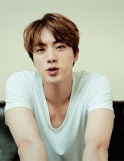 WeLL ExCuSe mE mR. kiM SEokJin WhO ToLD YOu iT WaS oKAy to Go aRoUnD AtTAcKinG PeoPLe LikE ThAt