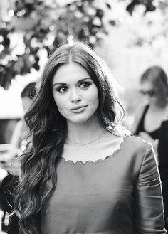 she's freakin gorgeous