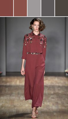 Jenny Packham, New York Fashion Week, Frühjahr-/Sommermode 2015 Pantone 2015, Pantone Color, Jenny Packham, Costumes Bleus, Outfit Trends, 2015 Trends, Look Chic, Fashion Colours, Ideias Fashion