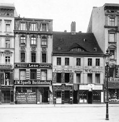 Berlin, Mitte - Shops on Königstraße - 1906